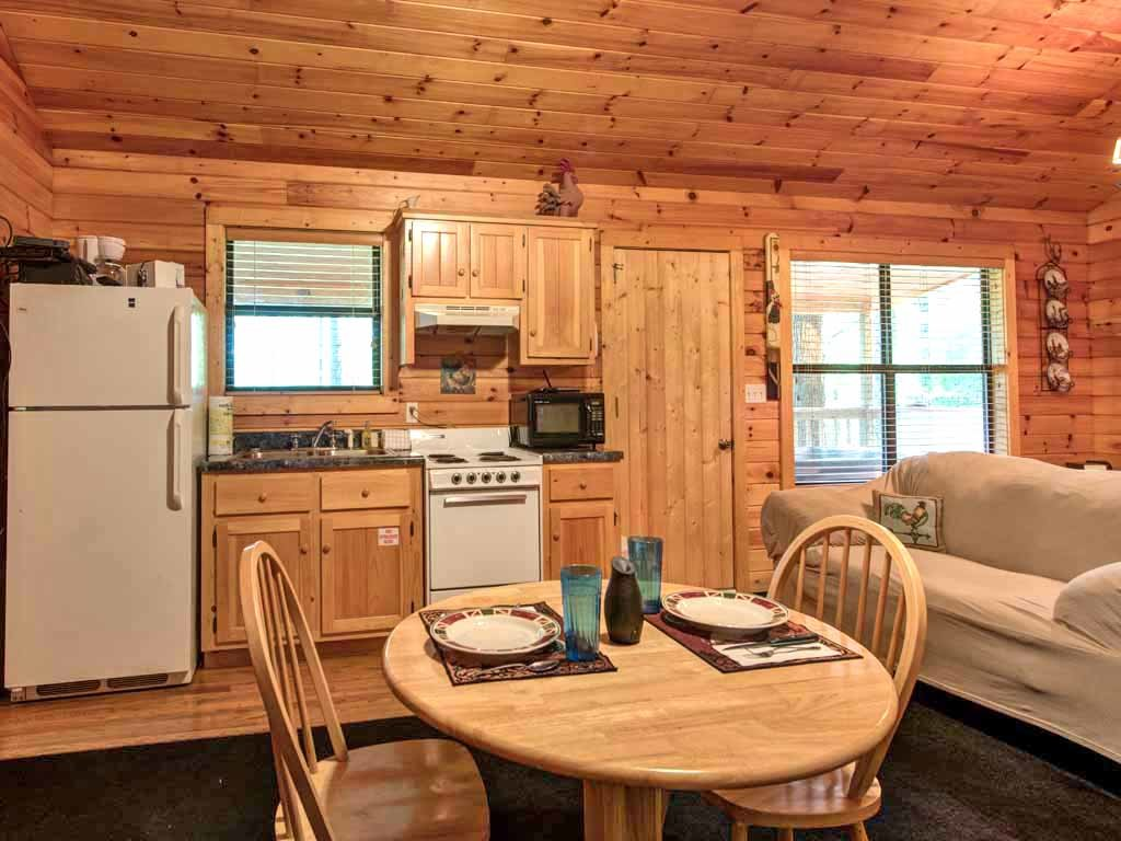 Photo of a Sevierville Cabin named Rooster Way - This is the fourth photo in the set.