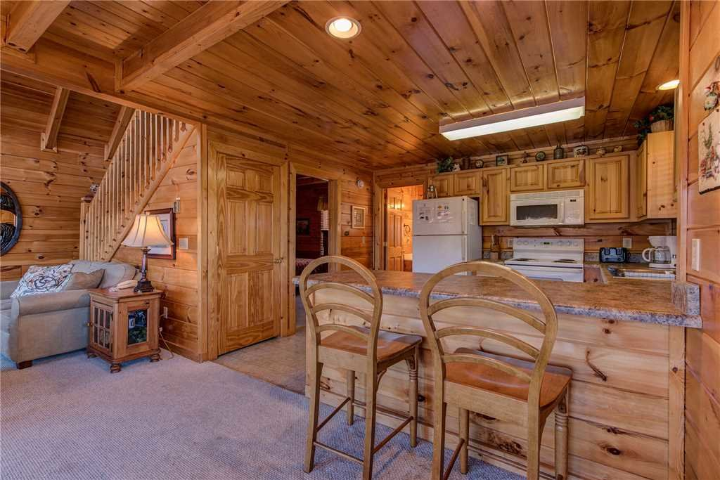 Photo of a Pigeon Forge Cabin named Chalet Of Dreams - This is the seventh photo in the set.