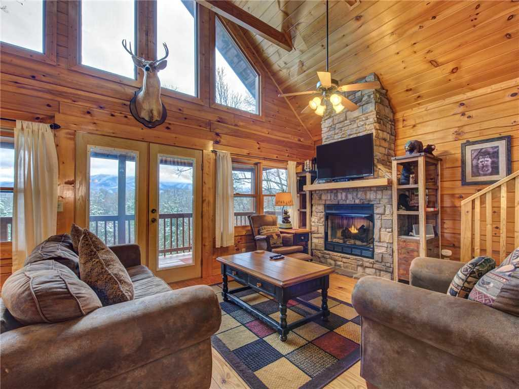 Photo of a Gatlinburg Cabin named Dew South - This is the third photo in the set.