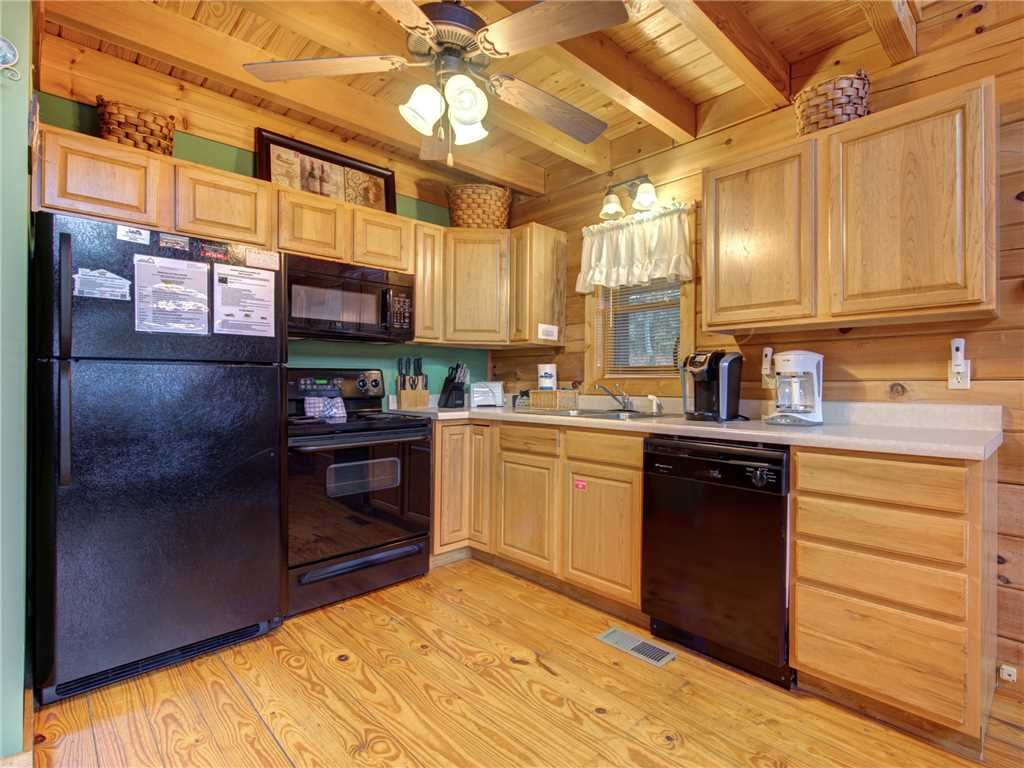 Photo of a Gatlinburg Cabin named Dew South - This is the ninth photo in the set.