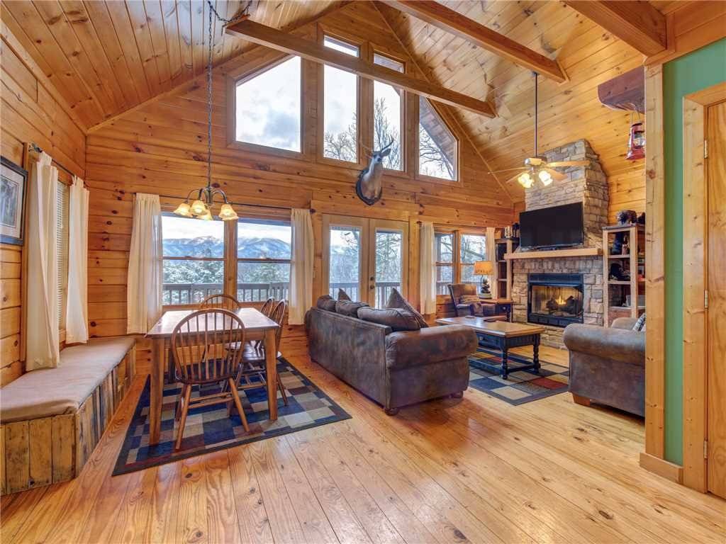 Photo of a Gatlinburg Cabin named Dew South - This is the eighth photo in the set.