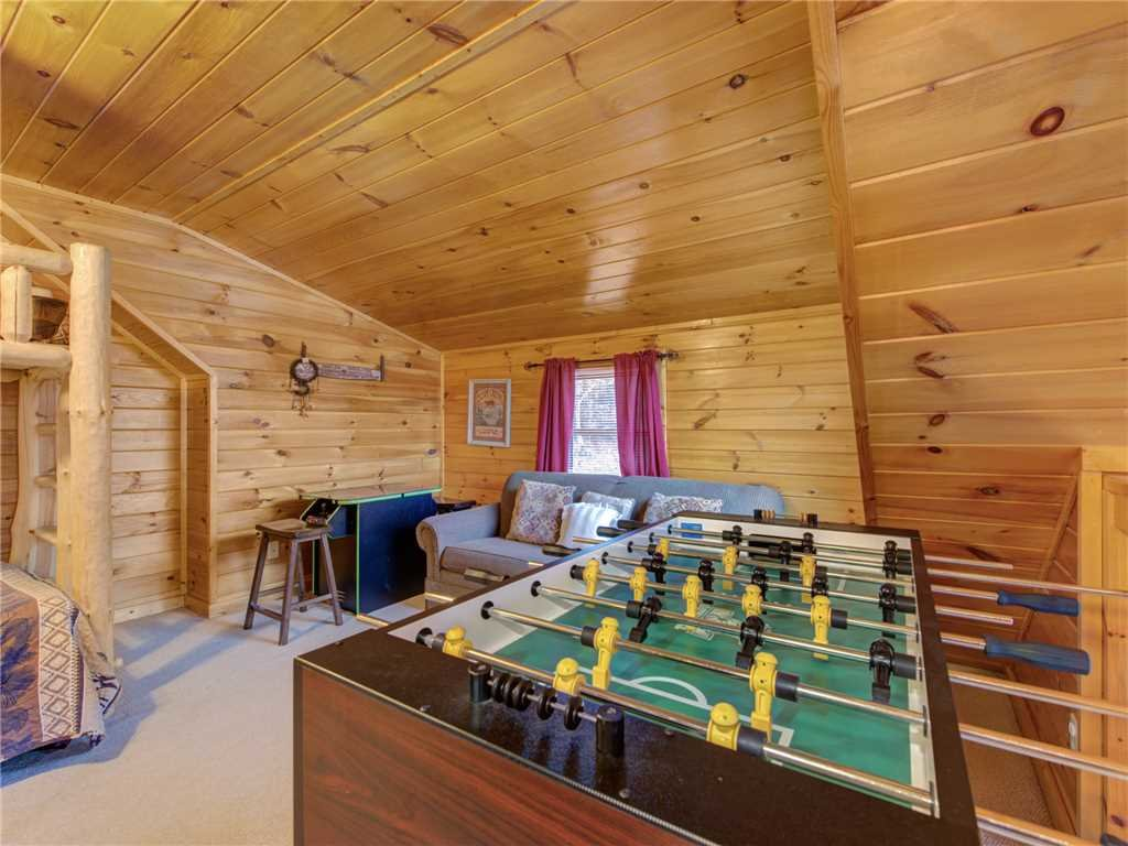 Photo of a Gatlinburg Cabin named Dew South - This is the sixteenth photo in the set.