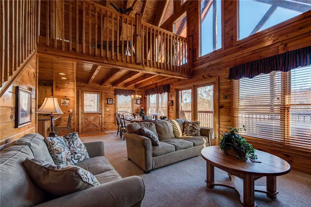 Photo of a Pigeon Forge Cabin named Chalet Of Dreams - This is the fourth photo in the set.