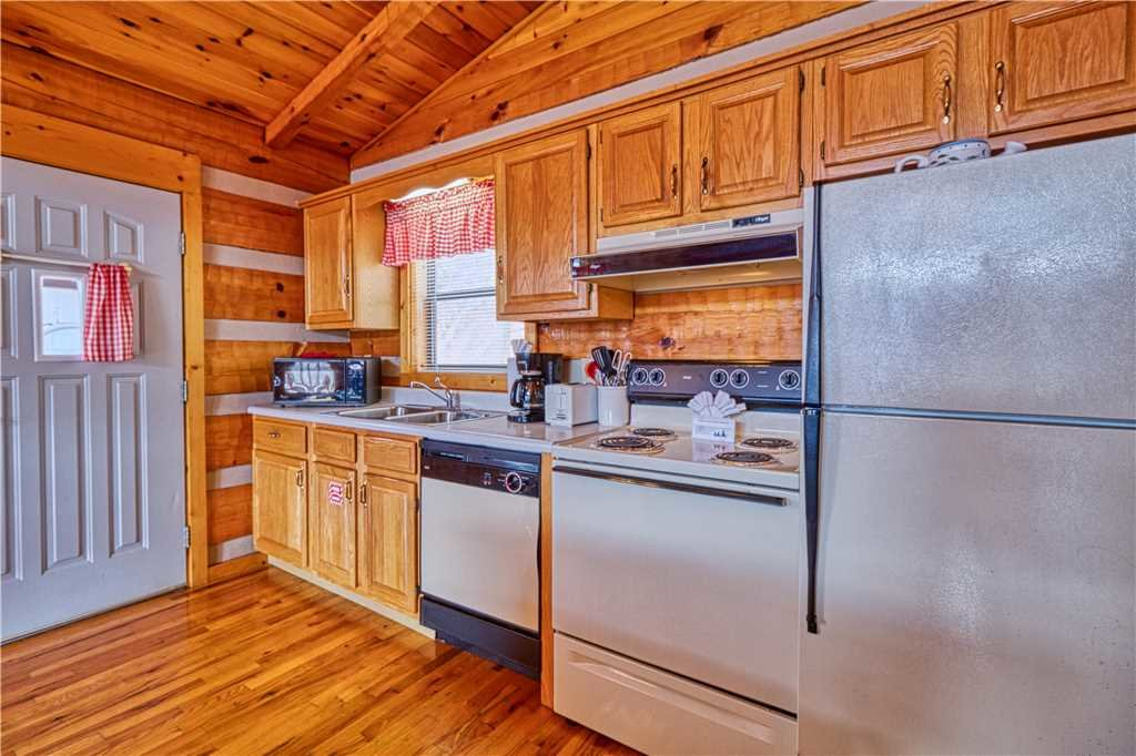 Photo of a Gatlinburg Cabin named Kear's Mountain Magic - This is the twelfth photo in the set.