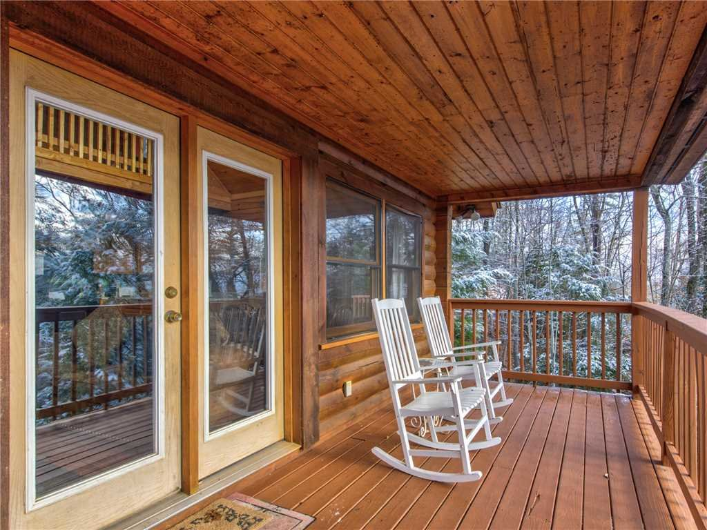 Photo of a Gatlinburg Cabin named Dew South - This is the twenty-first photo in the set.