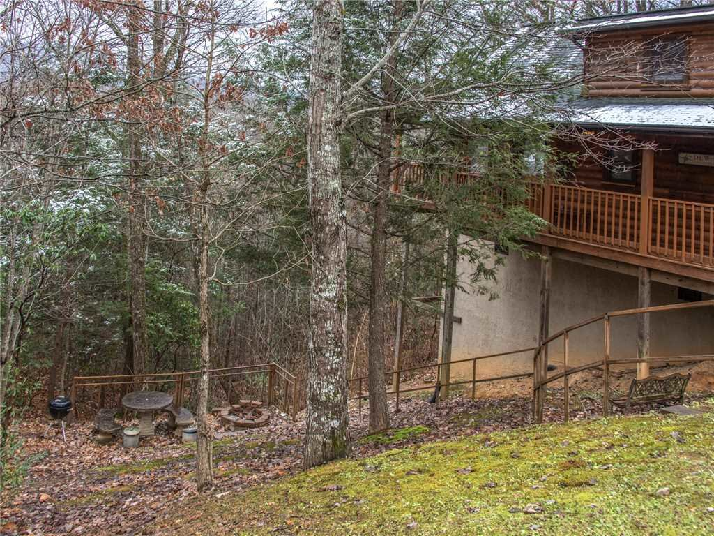 Photo of a Gatlinburg Cabin named Dew South - This is the twenty-third photo in the set.