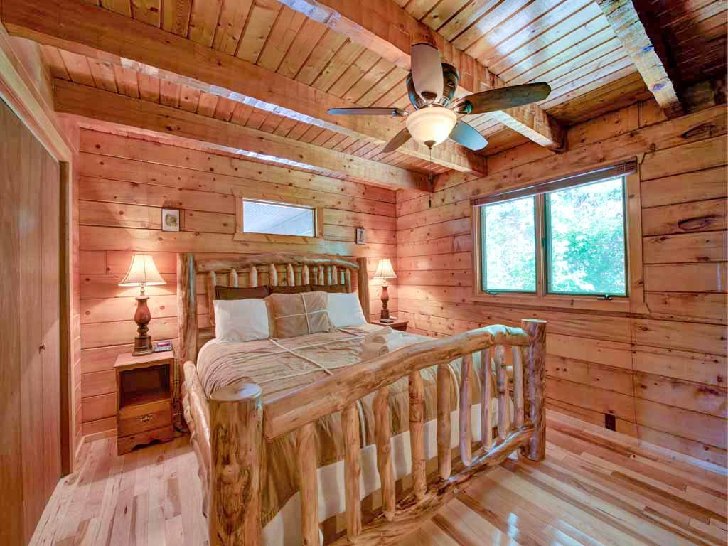 Photo of a Gatlinburg Cabin named Seneca - This is the ninth photo in the set.