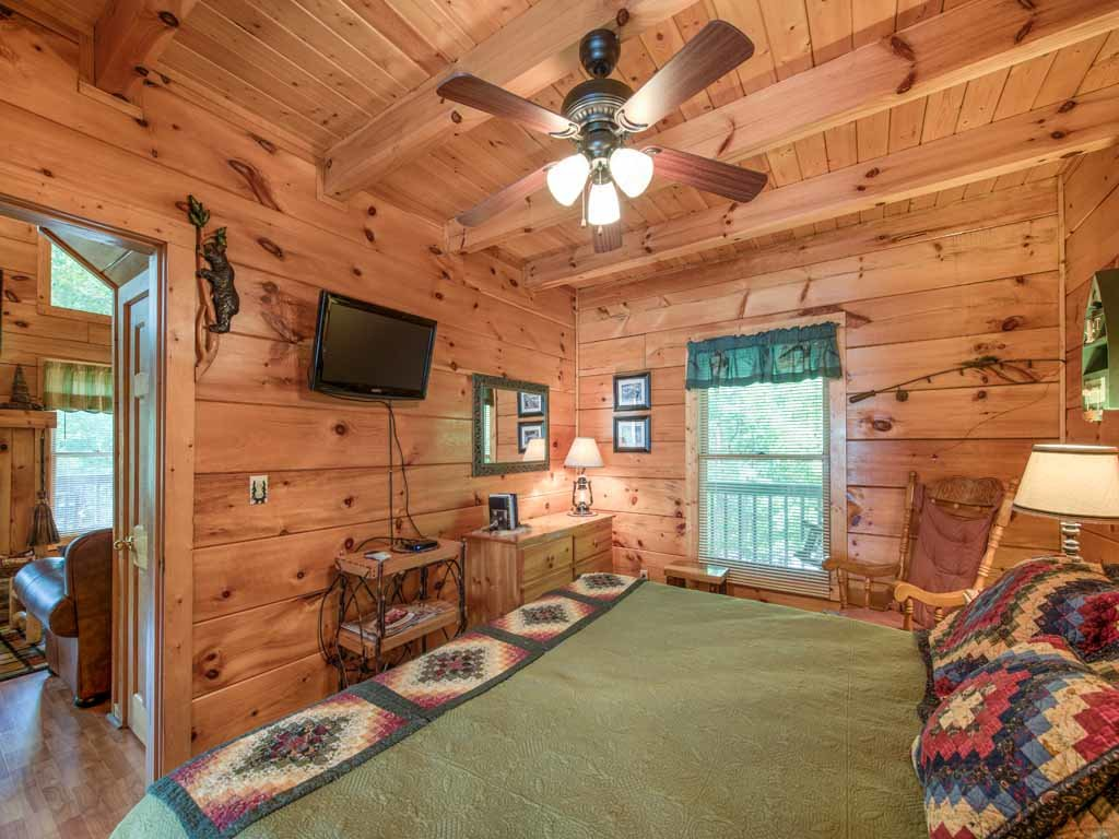 Photo of a Gatlinburg Cabin named Twilight Ridge - This is the thirteenth photo in the set.
