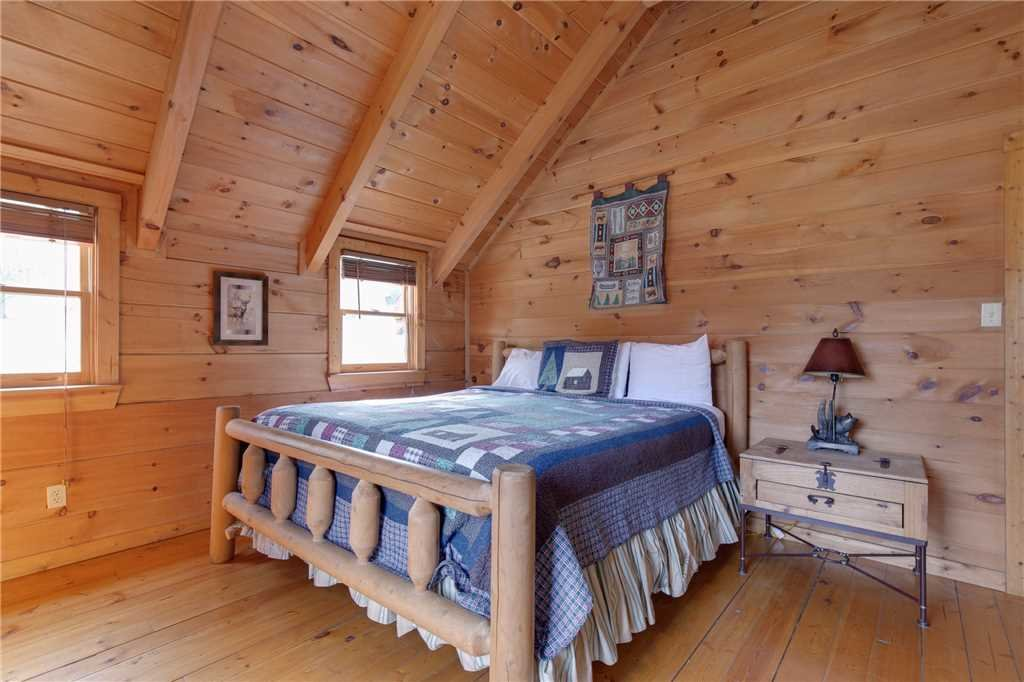 Photo of a Sevierville Cabin named Spring View - This is the twelfth photo in the set.