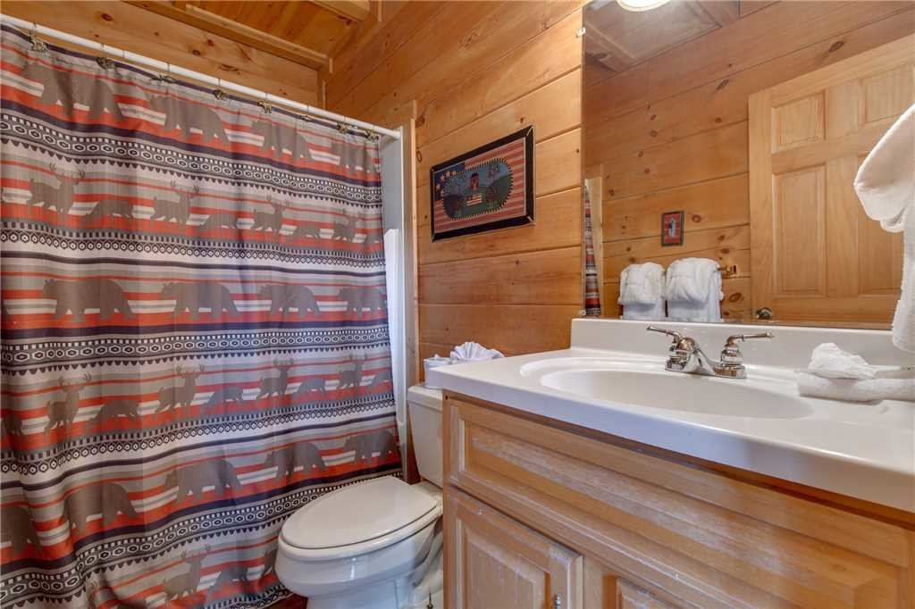 Photo of a Sevierville Cabin named Spring View - This is the seventeenth photo in the set.