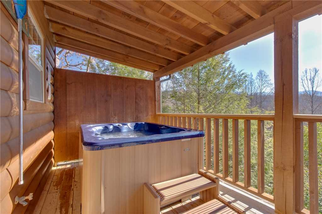 Photo of a Gatlinburg Cabin named Silver Moon - This is the sixteenth photo in the set.