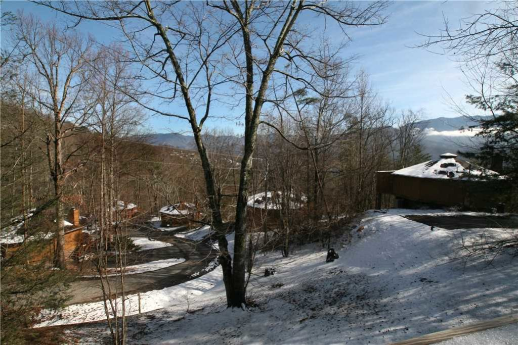Photo of a Gatlinburg Cabin named Bearadise 2 - This is the nineteenth photo in the set.