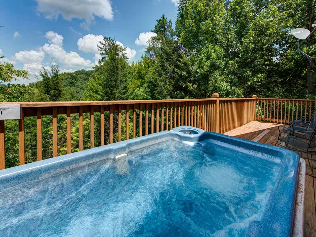 Photo of a Sevierville Cabin named Tender Moments - This is the second photo in the set.