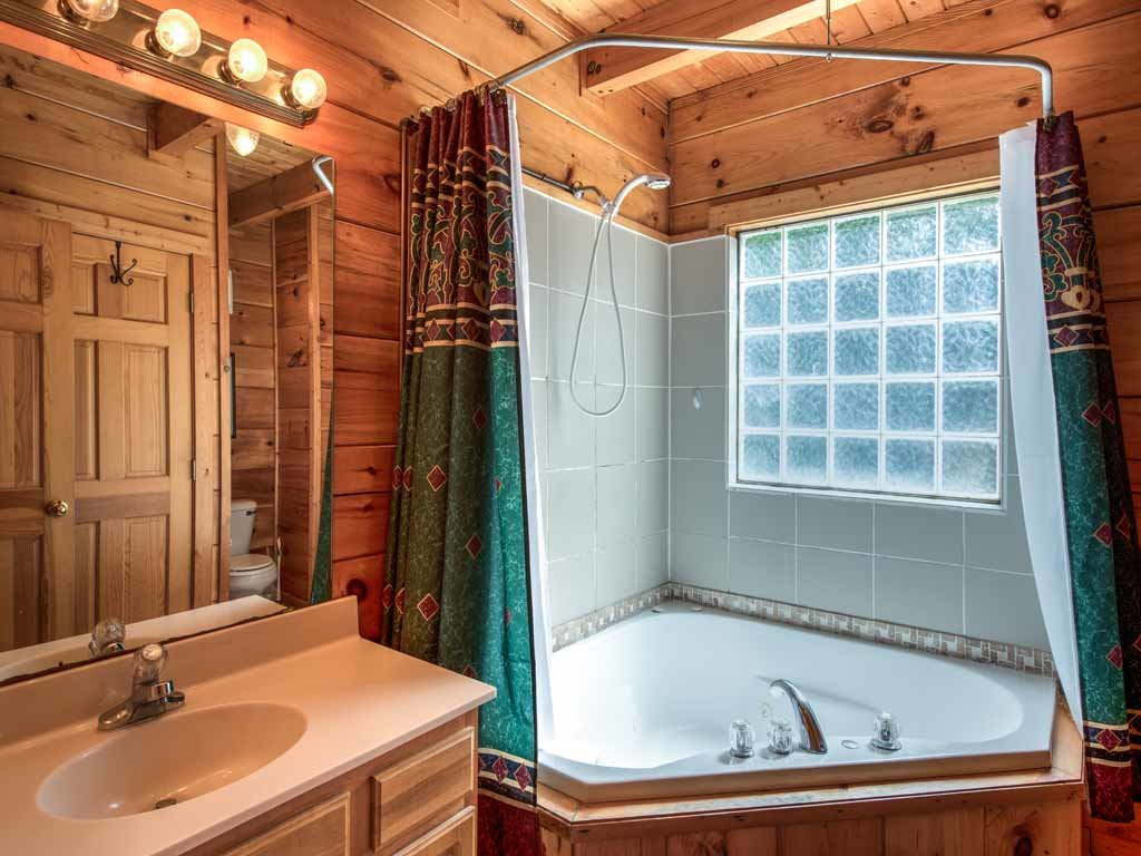 Photo of a Gatlinburg Cabin named Twilight Ridge - This is the fourteenth photo in the set.