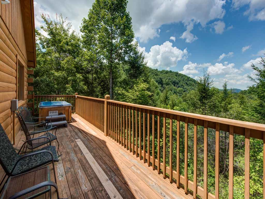Photo of a Sevierville Cabin named Tender Moments - This is the first photo in the set.