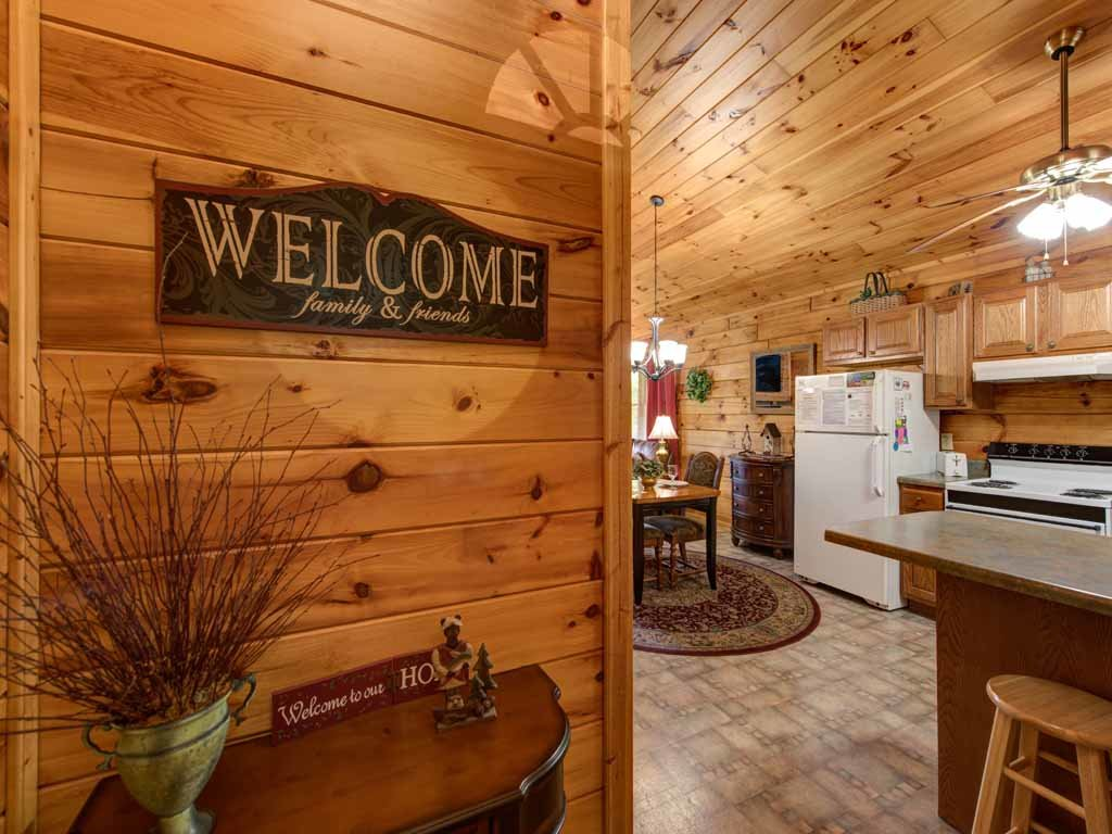 Photo of a Sevierville Cabin named Tender Moments - This is the fourteenth photo in the set.