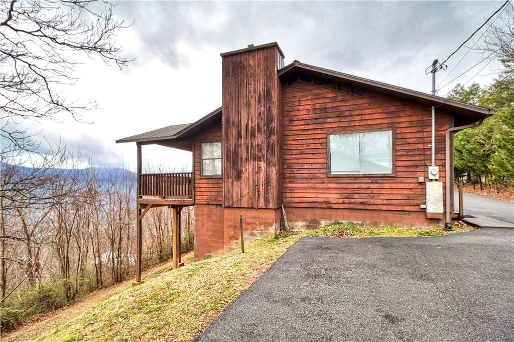 Photo of a Gatlinburg Cabin named Park View 1 - This is the twentieth photo in the set.