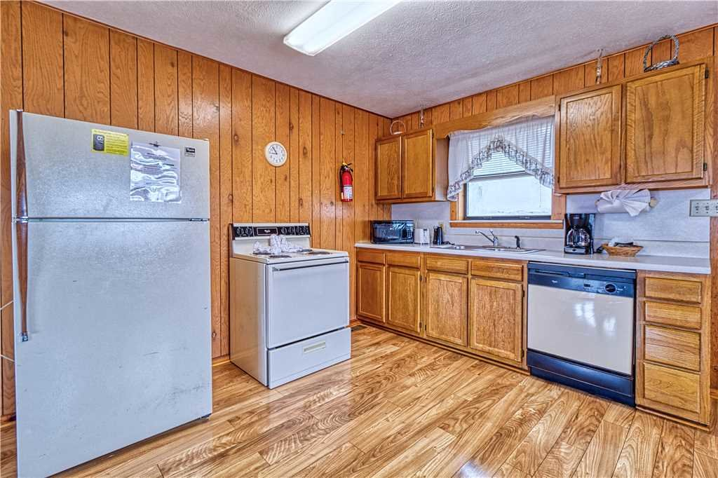 Photo of a Gatlinburg Cabin named Park View 1 - This is the sixth photo in the set.