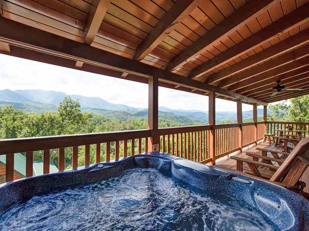 Photo of a Gatlinburg Cabin named Endless View - This is the second photo in the set.