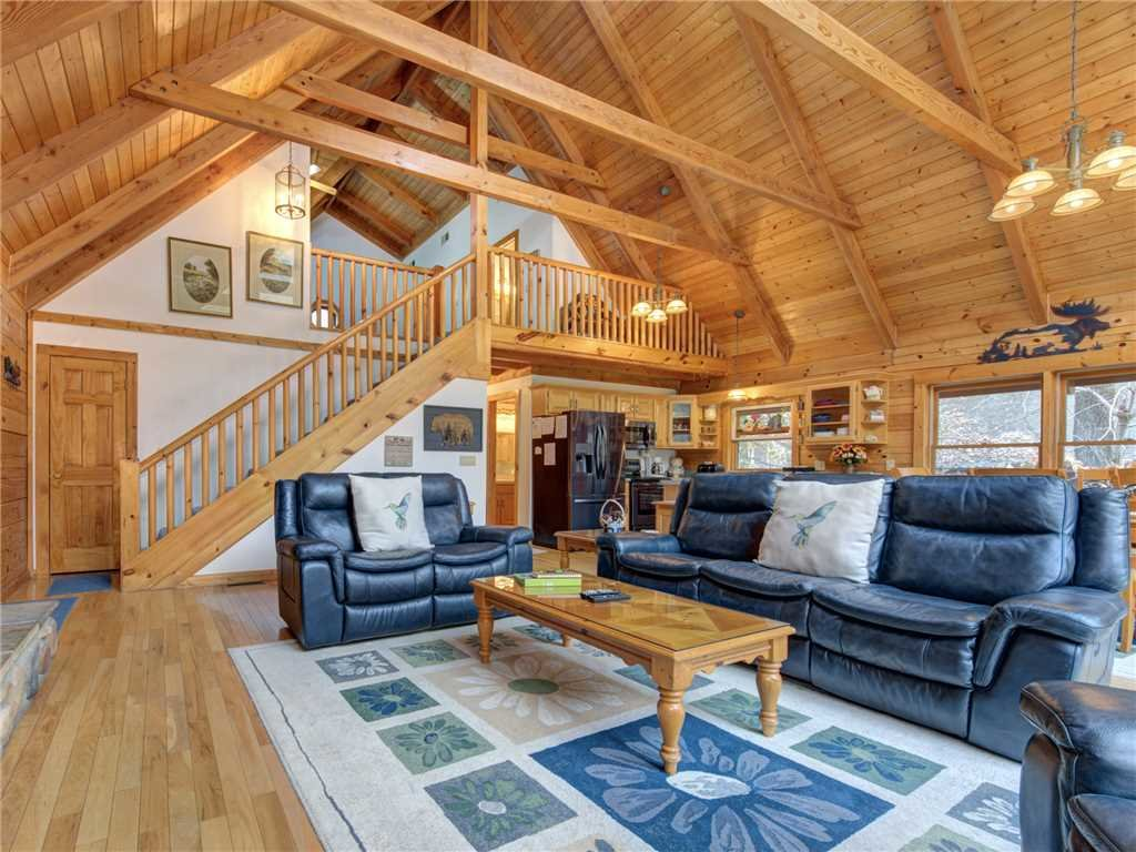 Photo of a Sevierville Cabin named Amazing River Retreat - This is the sixth photo in the set.