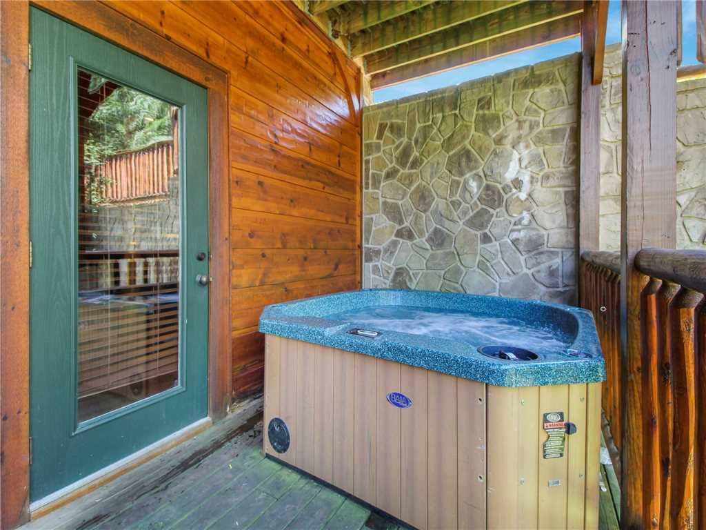 Photo of a Gatlinburg Cabin named Big Sky Lodge Ii - This is the second photo in the set.