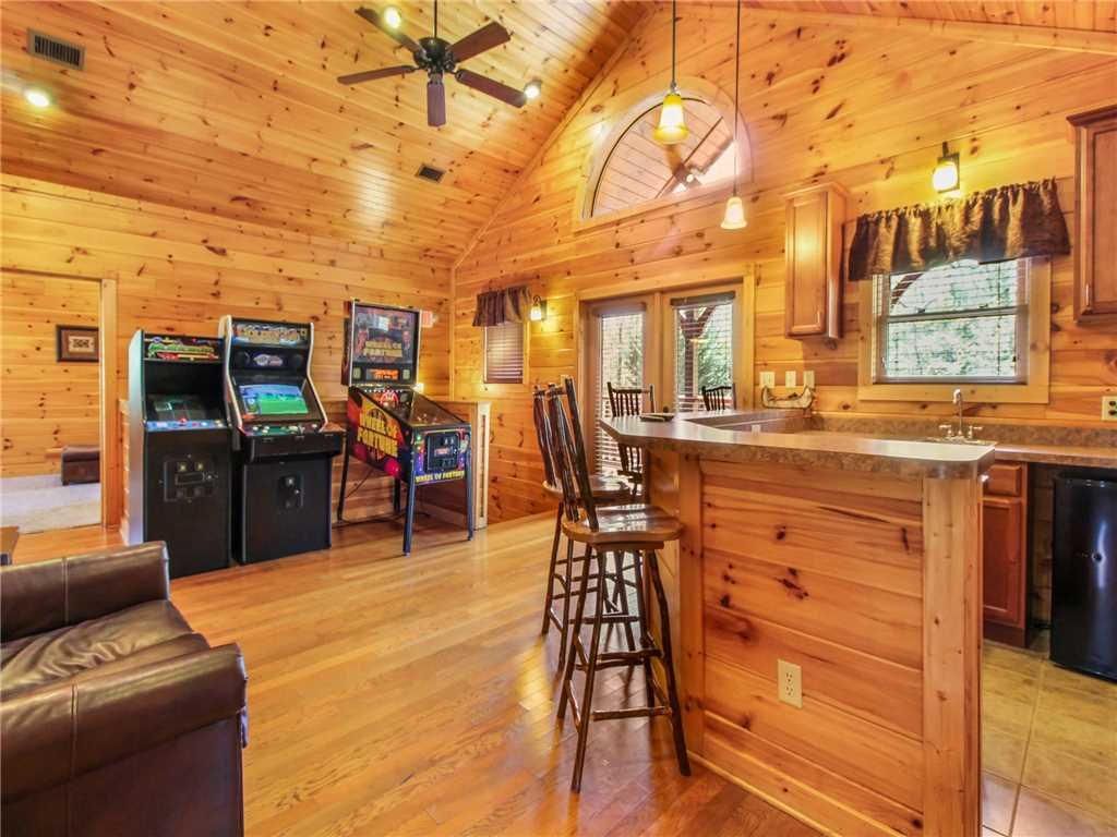 Photo of a Gatlinburg Cabin named Big Sky Lodge Ii - This is the tenth photo in the set.