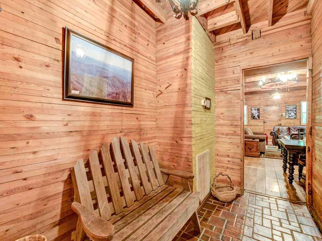 Photo of a Gatlinburg Cabin named Twin Creeks - This is the twenty-second photo in the set.