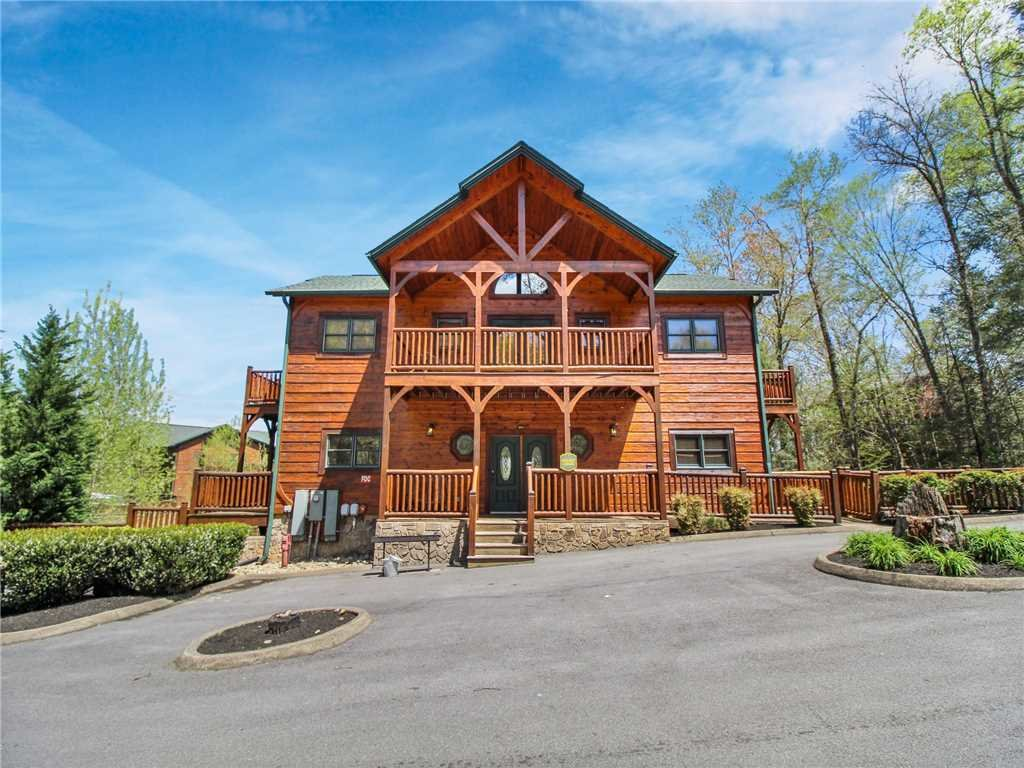 Photo of a Gatlinburg Cabin named Big Sky Lodge Ii - This is the forty-fourth photo in the set.