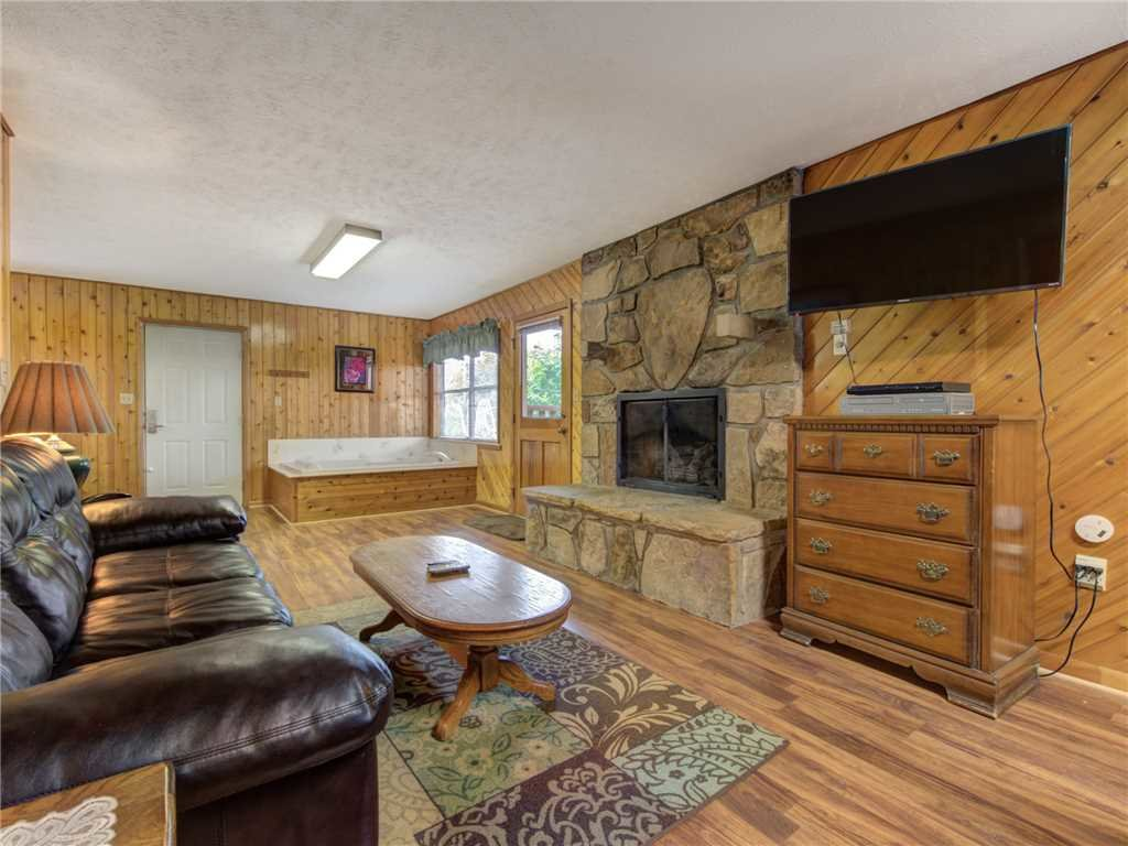 Photo of a Gatlinburg Cabin named Leconte View 1 - This is the fourth photo in the set.