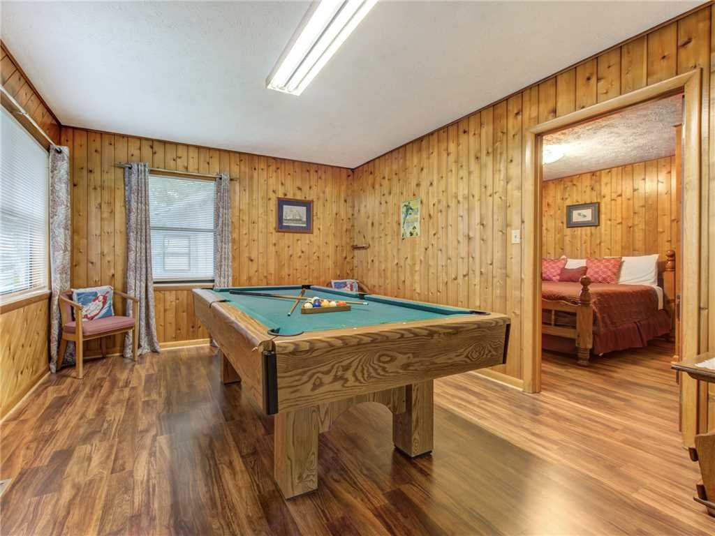 Photo of a Gatlinburg Cabin named Leconte View 1 - This is the thirteenth photo in the set.