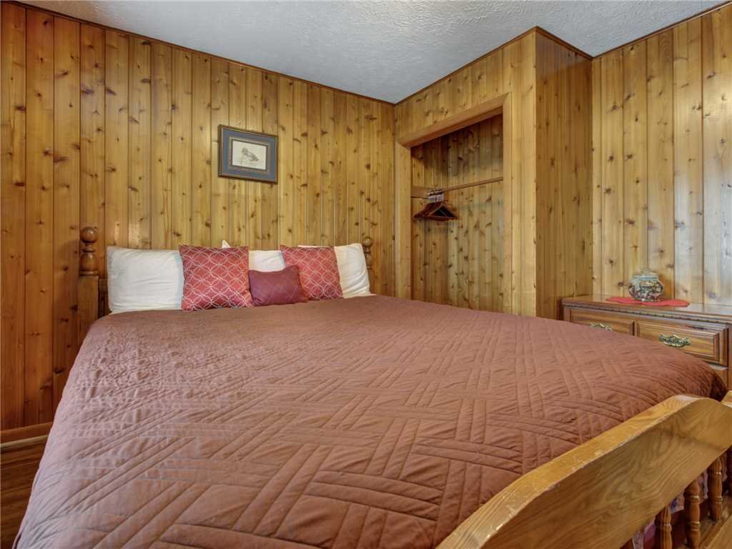 Photo of a Gatlinburg Cabin named Leconte View 1 - This is the seventeenth photo in the set.