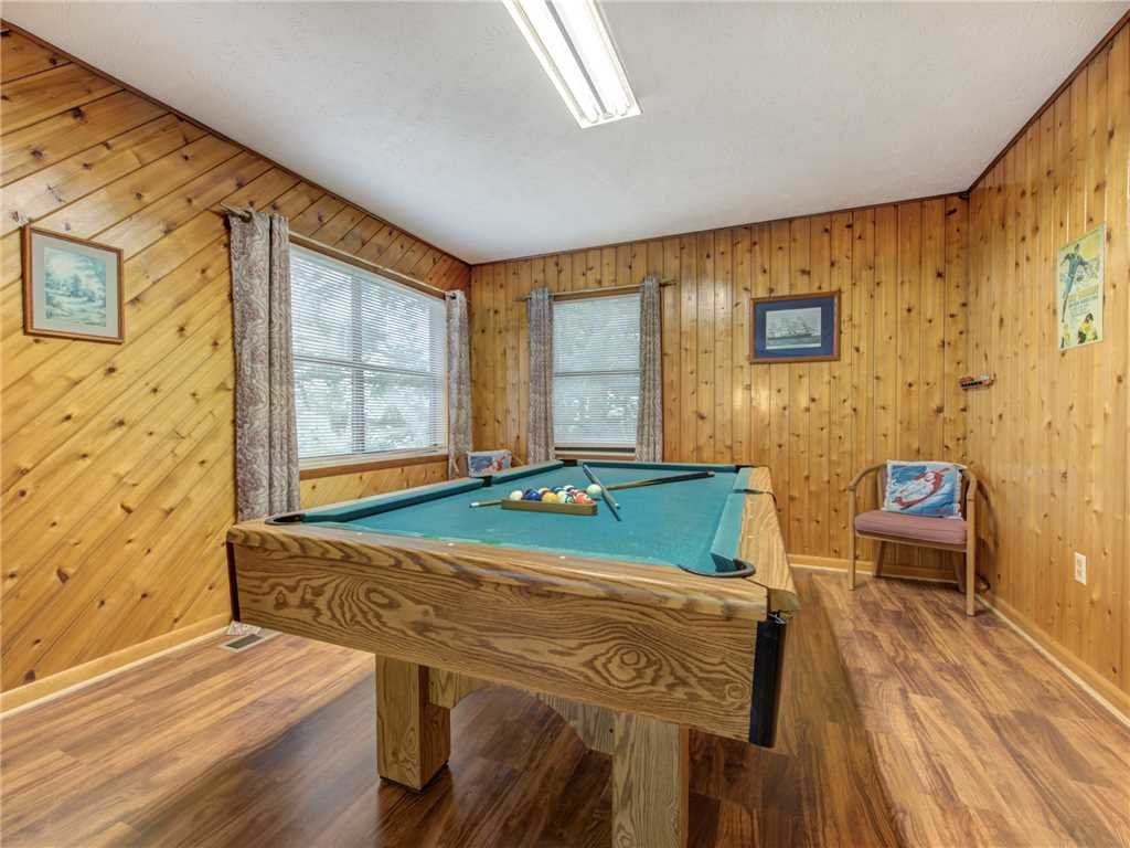 Photo of a Gatlinburg Cabin named Leconte View 1 - This is the fourteenth photo in the set.
