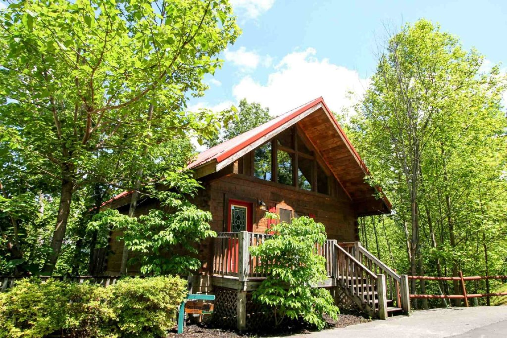 Photo of a Gatlinburg Cabin named The Great Escape - This is the first photo in the set.