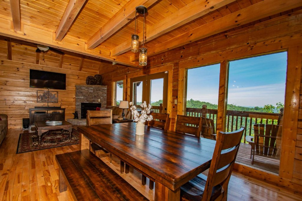 Photo of a Pigeon Forge Cabin named Falcon Ridge - This is the sixth photo in the set.