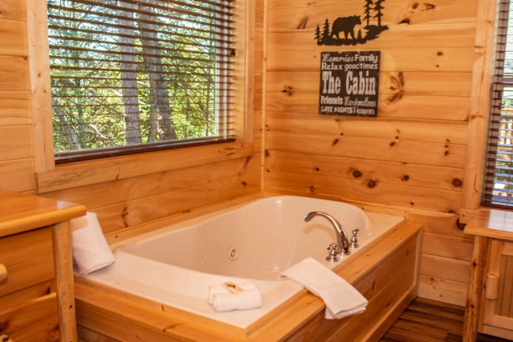 Photo of a Pigeon Forge Cabin named Tana-see - This is the eleventh photo in the set.