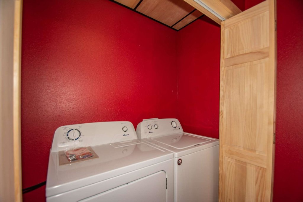 Photo of a Pigeon Forge Cabin named Tana-see - This is the twenty-second photo in the set.