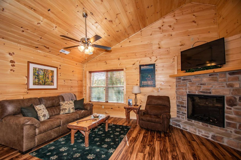 Photo of a Pigeon Forge Cabin named Tana-see - This is the eighth photo in the set.