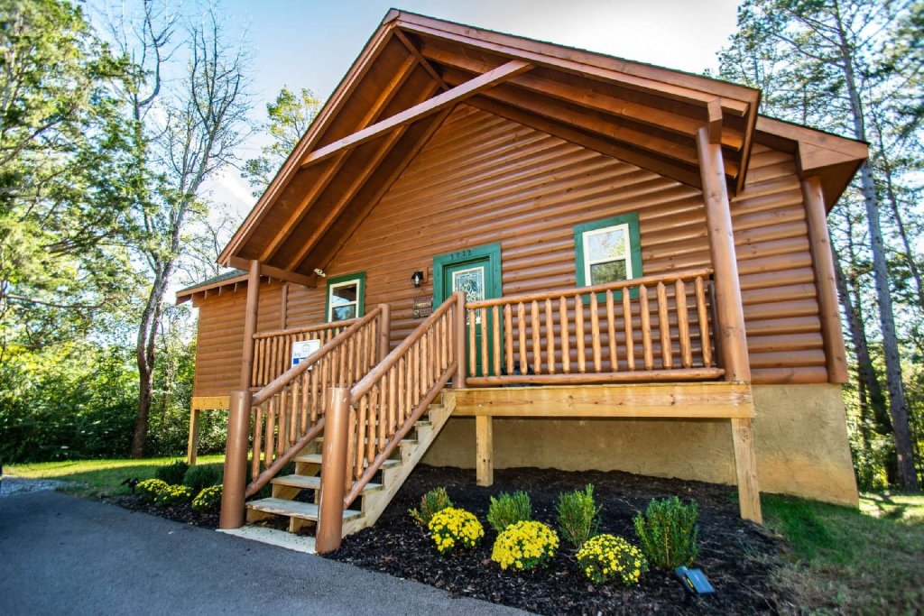 Photo of a Pigeon Forge Cabin named Tana-see - This is the first photo in the set.