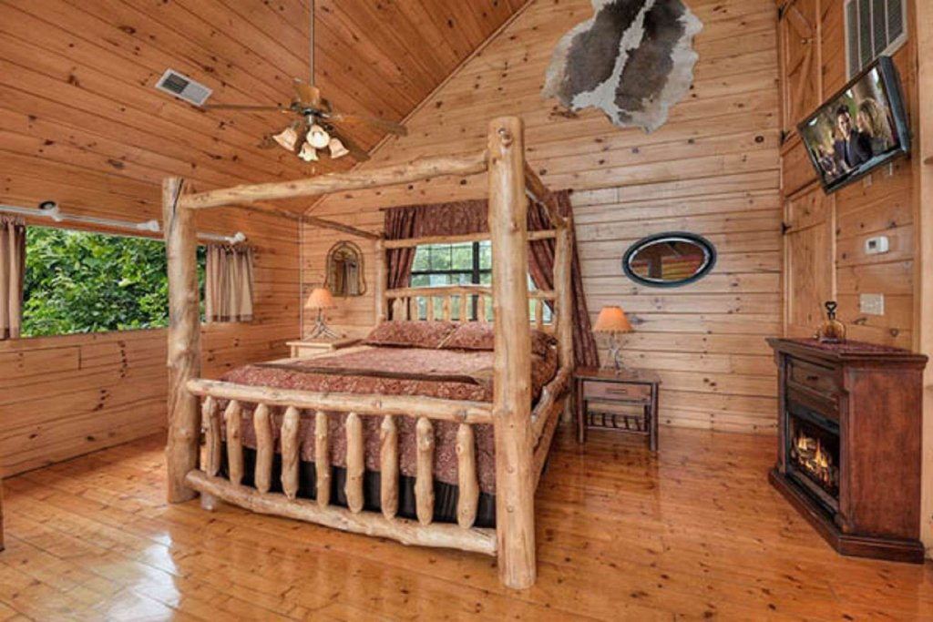 Photo of a Pigeon Forge Cabin named Sky's The Limit - This is the fifteenth photo in the set.