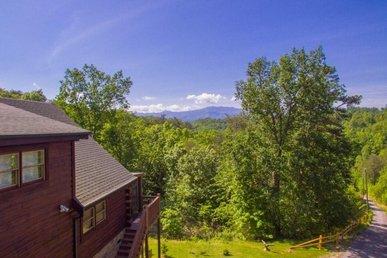 Leconte View Lodge