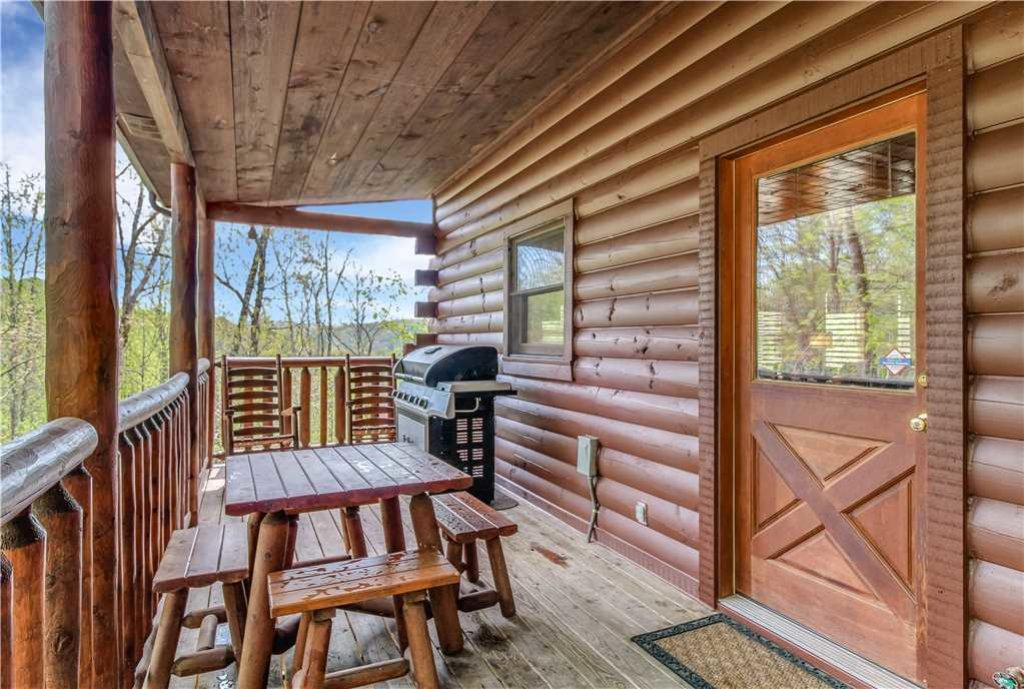 Photo of a Sevierville Cabin named Makin Memories - This is the twenty-fourth photo in the set.