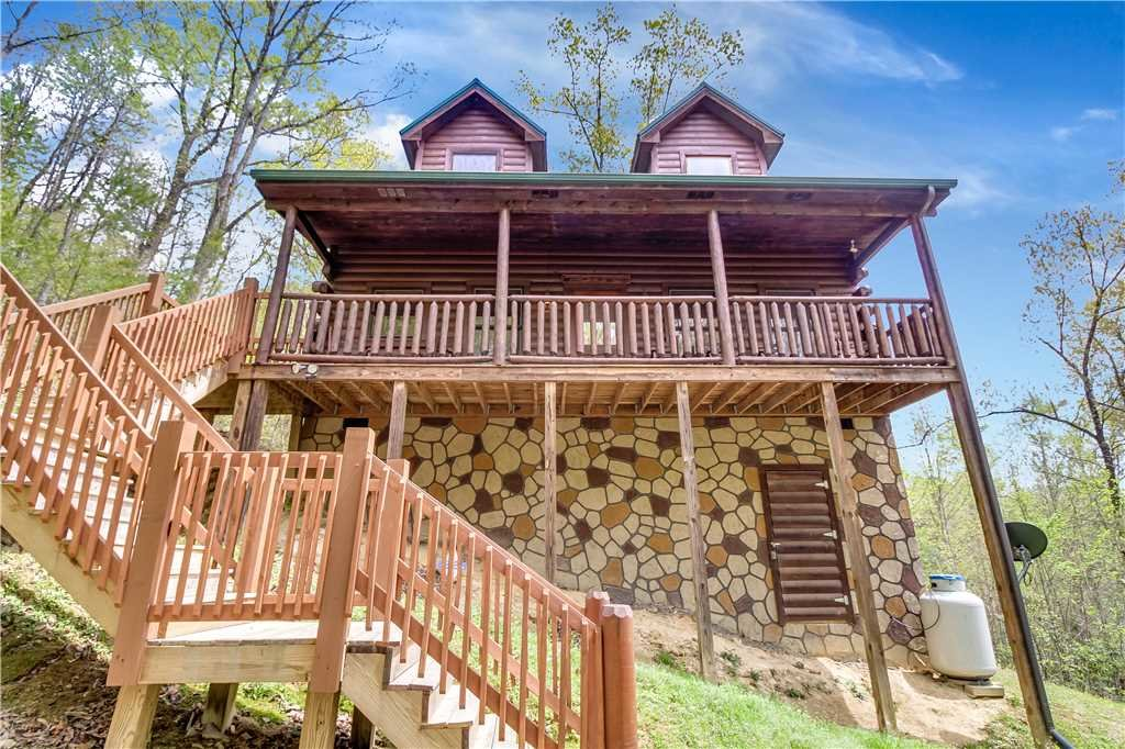 Photo of a Sevierville Cabin named Makin Memories - This is the twenty-fifth photo in the set.