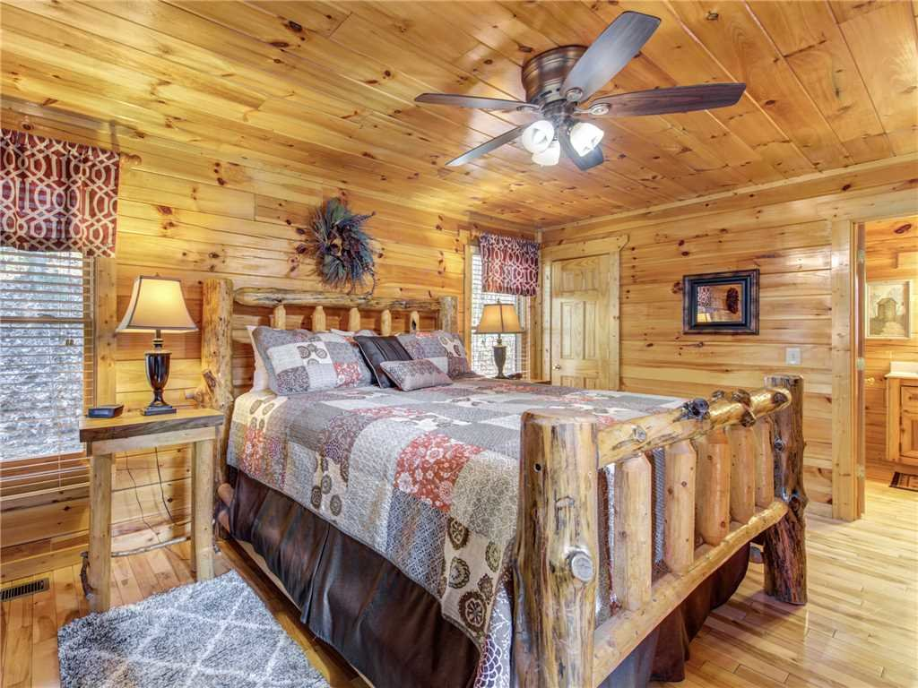 Photo of a Sevierville Cabin named Makin Memories - This is the twelfth photo in the set.