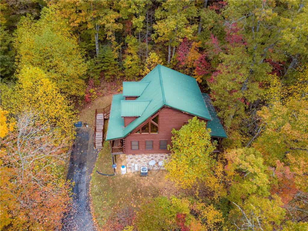 Photo of a Sevierville Cabin named Makin Memories - This is the twenty-seventh photo in the set.