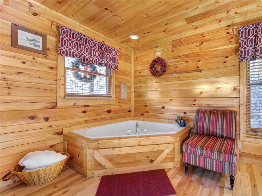 Photo of a Sevierville Cabin named Makin Memories - This is the fifteenth photo in the set.