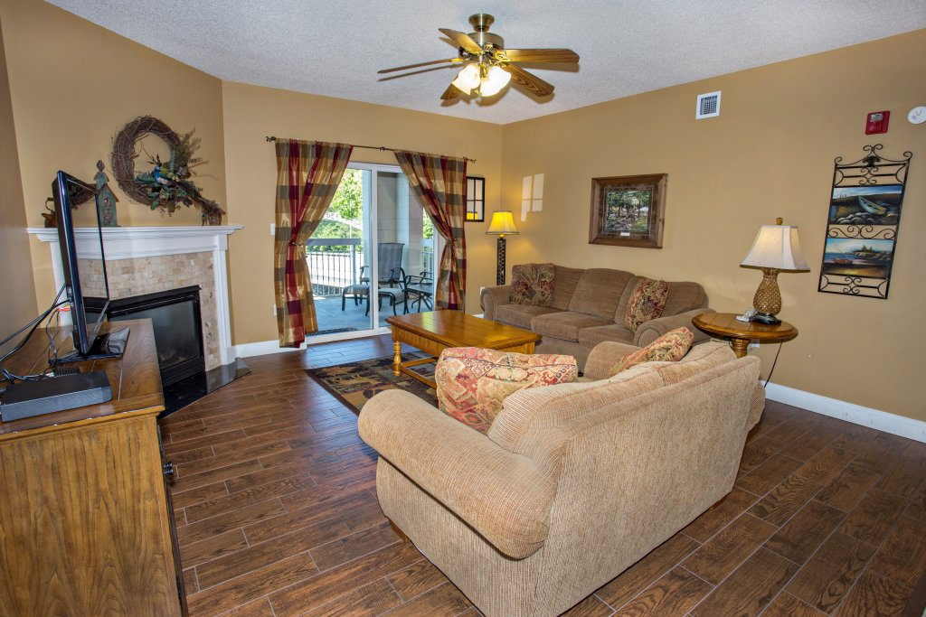 Photo of a Pigeon Forge Condo named Bear Crossing 203 - This is the sixth photo in the set.