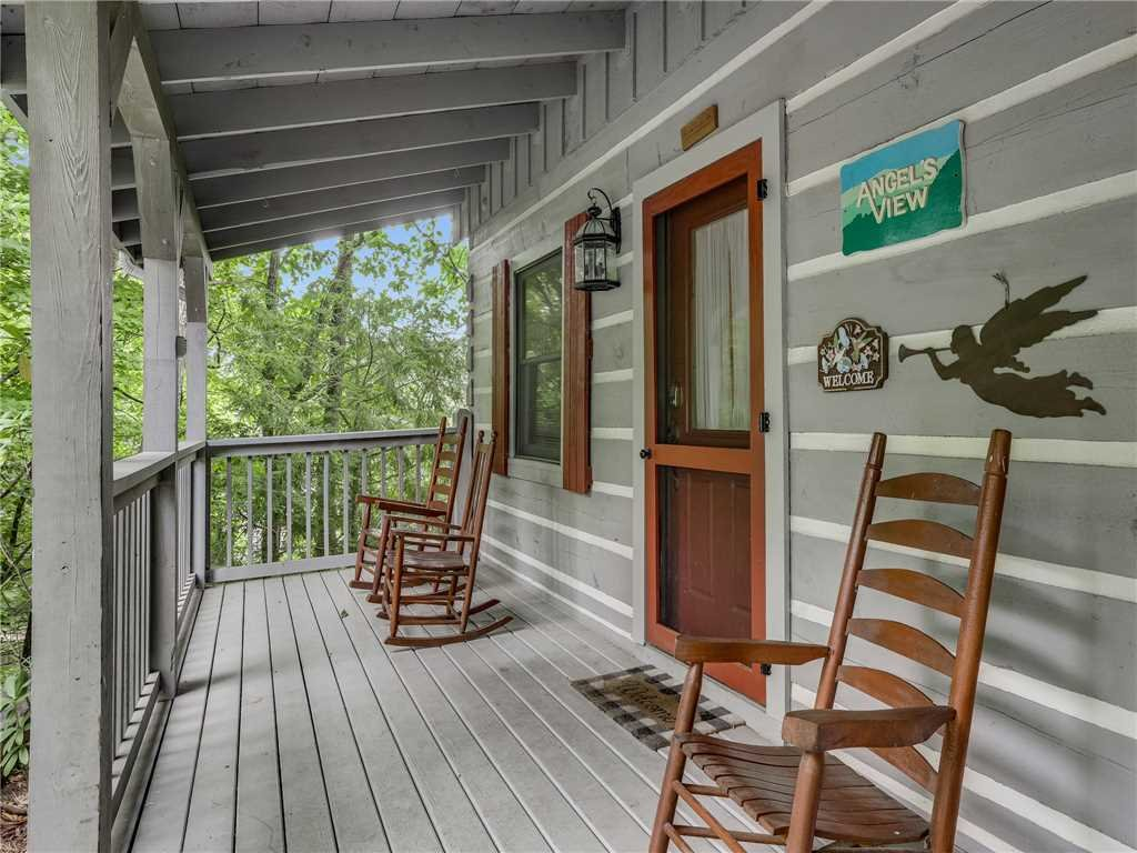 Photo of a Gatlinburg Cabin named Angels View - This is the thirty-first photo in the set.
