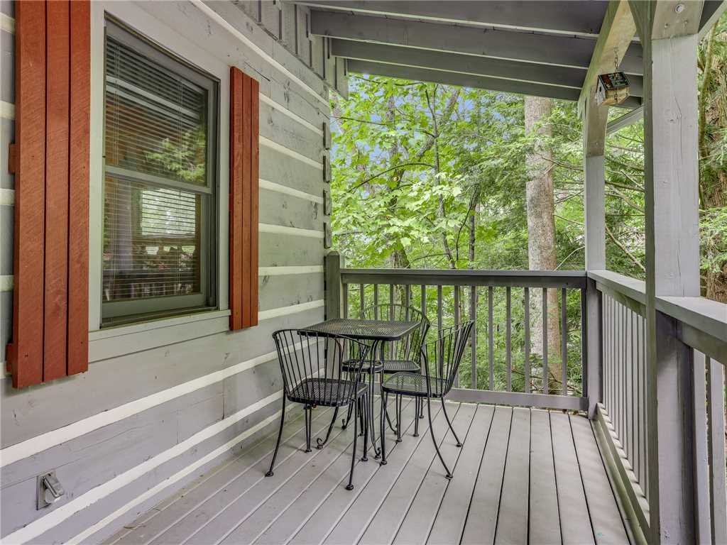 Photo of a Gatlinburg Cabin named Angels View - This is the thirty-second photo in the set.