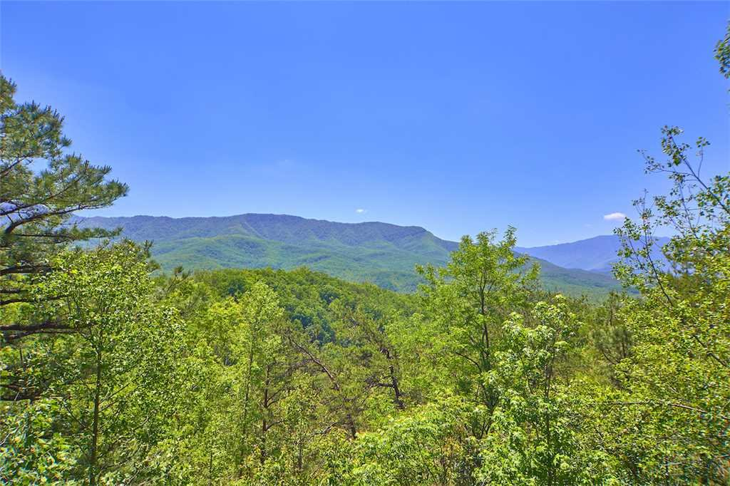 Photo of a Gatlinburg Cabin named Angels View - This is the thirty-fifth photo in the set.