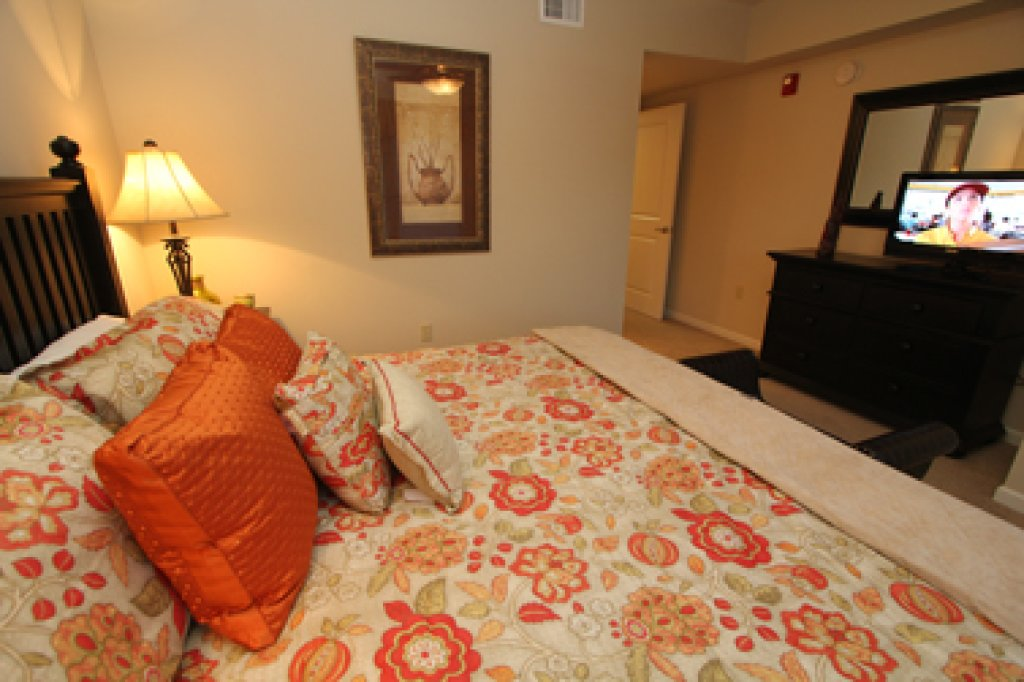 Photo of a Pigeon Forge Condo named Cedar Lodge 601 - This is the second photo in the set.